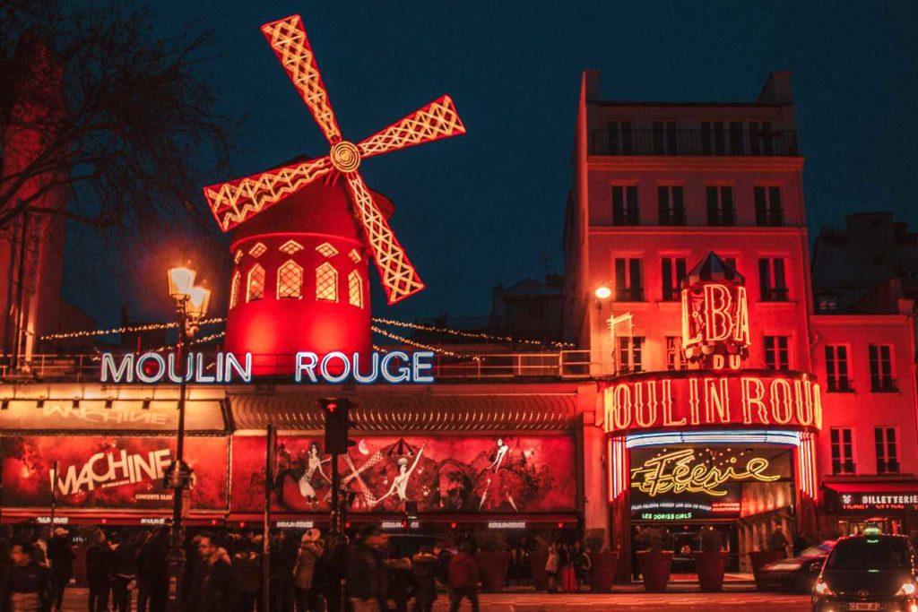 Moulin rouge v Paříži