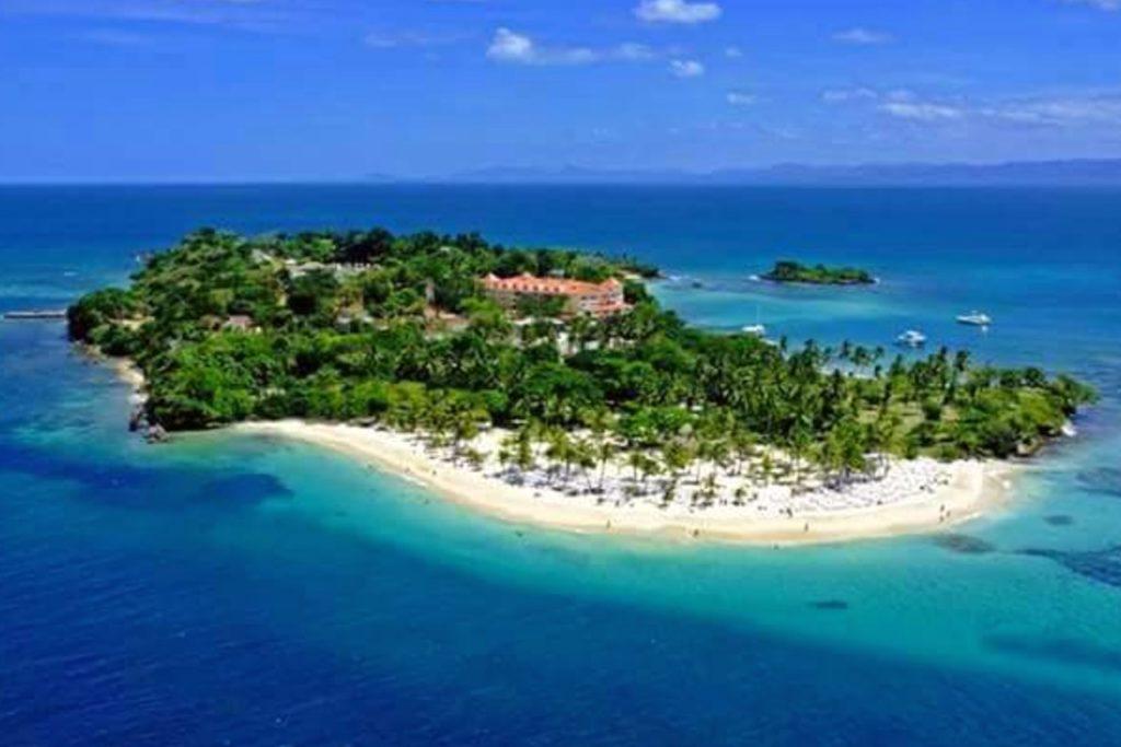 Bacardi ostrov na Dominikánská Republika