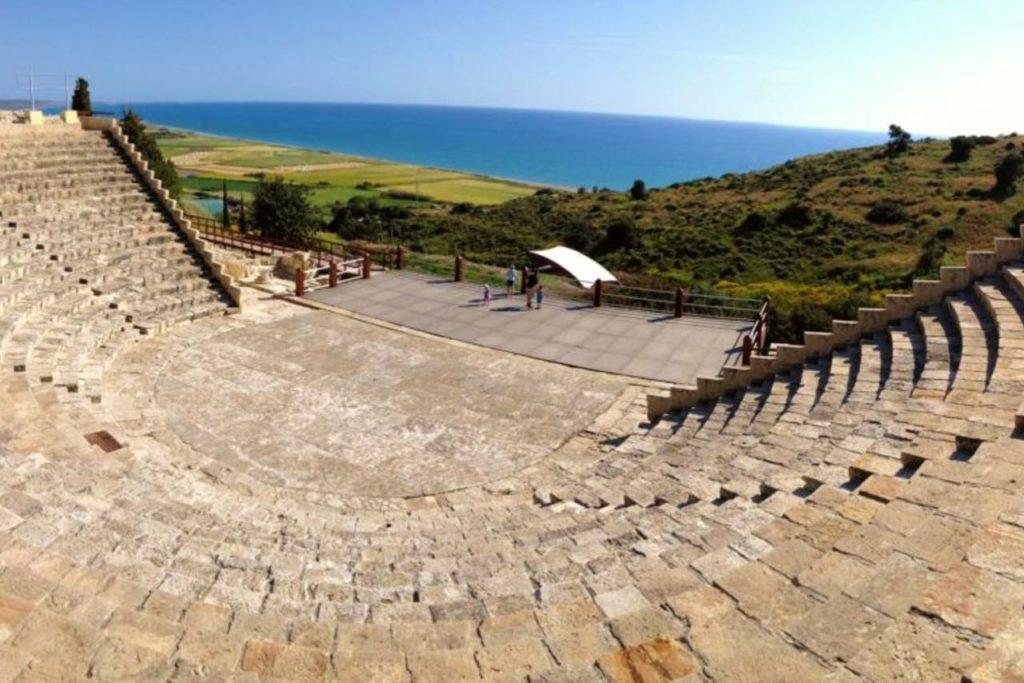 antické divadlo na Kypru