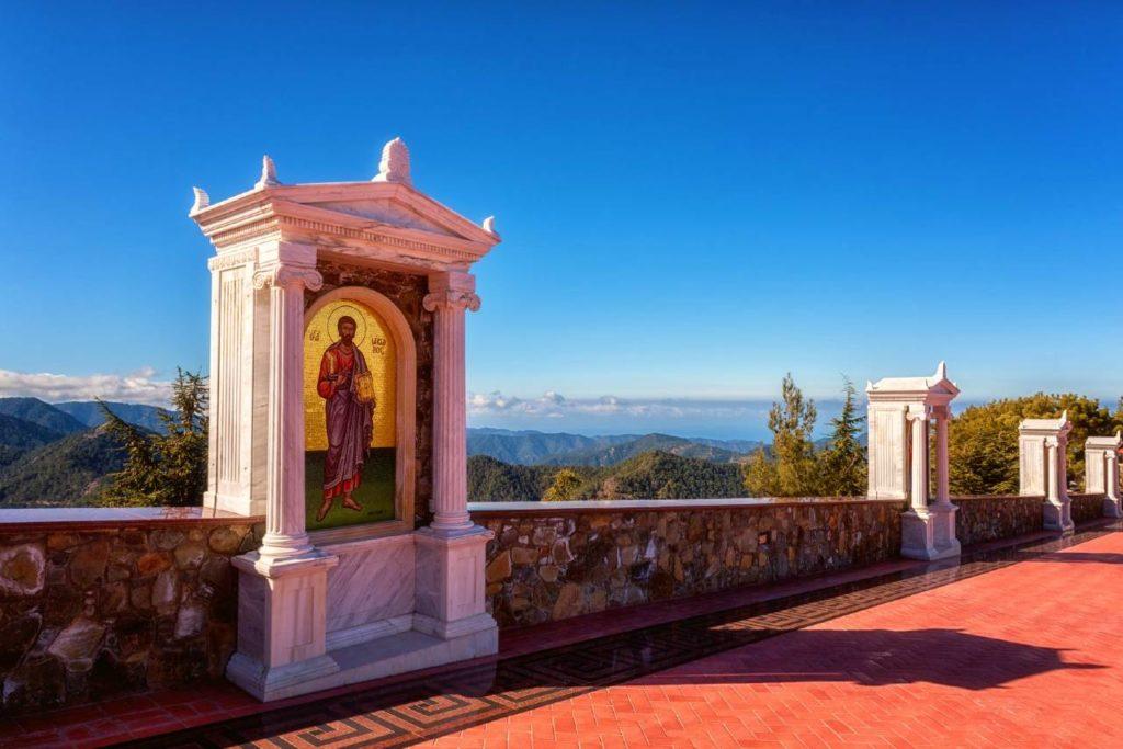 kostely na kypru