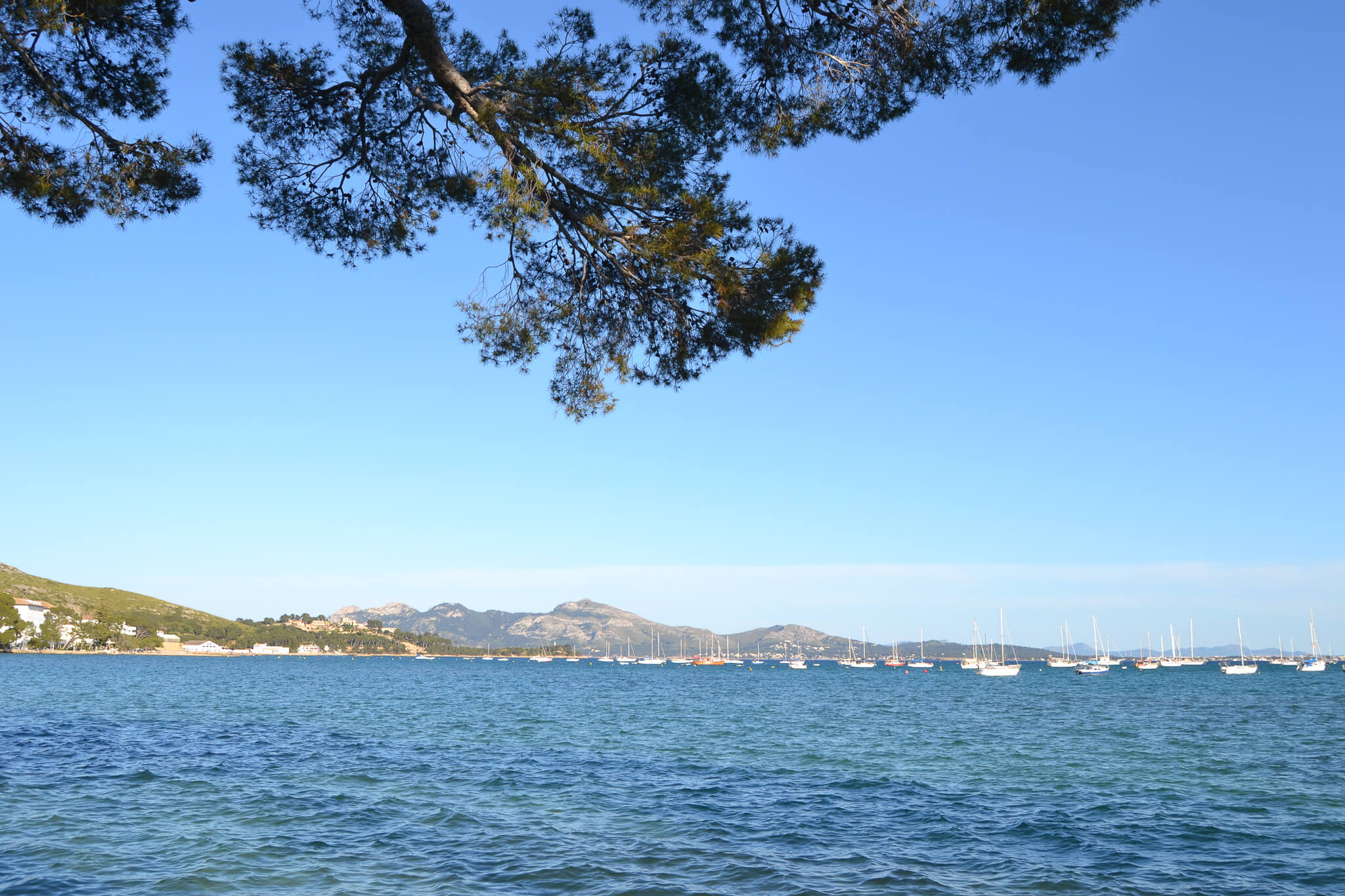 Pláž na Mallorce, puerto Pollenca